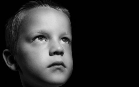 Jak wspierać dziecko z chorobą nowotworową?