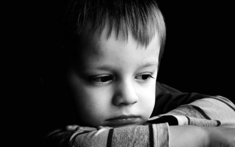 Jak rozmawiać z dziećmi kiedy rodzić jest chory na raka?